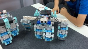 すごくおもしろい4足歩行ロボット